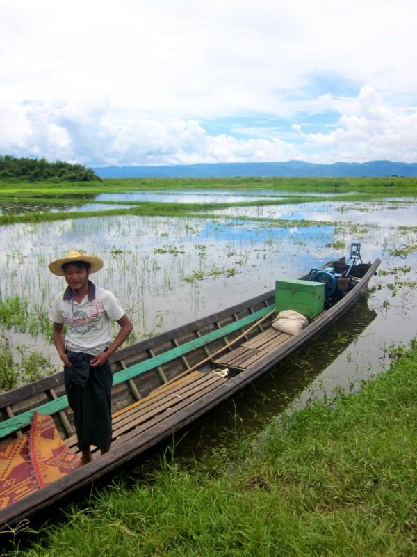 Boatman at Inle Lake, Myanmar
