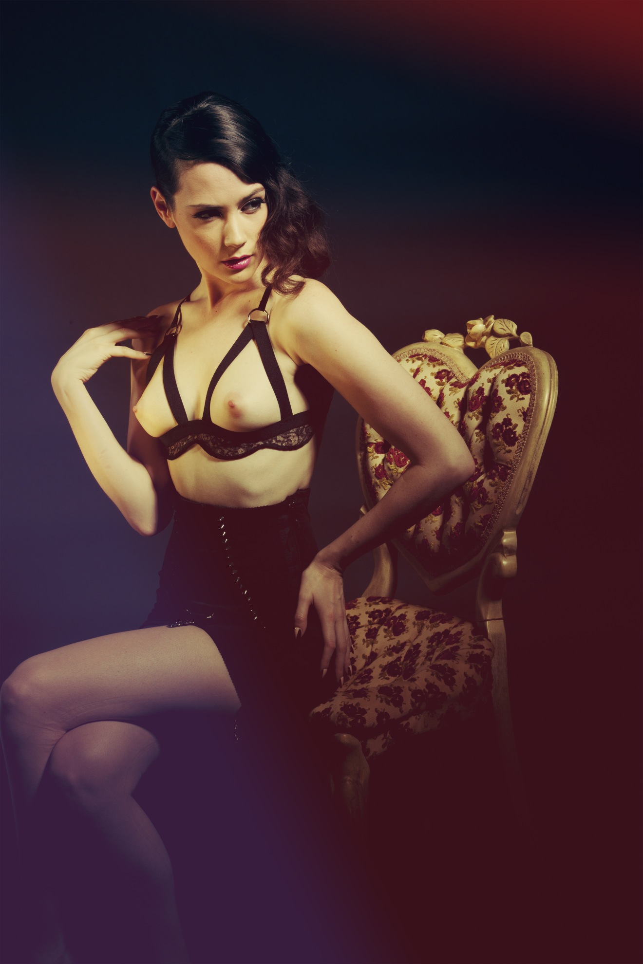 Between the Sheets - Designer Lingerie collections & Luxury Loungewear brand based in New York and Made in USA. Luxury lingerie & sleepwear for everday, the most luxurious intimates & nightwear for all those moments in between. Featuring Between the Sheets Collection and Specimens of .