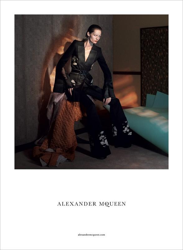livefast_alexandermcqueen1