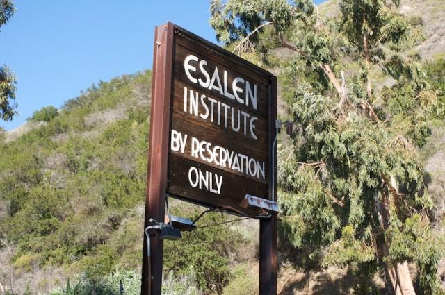 Esalen_Institute_Hot_Springs_PCH_1_Sign