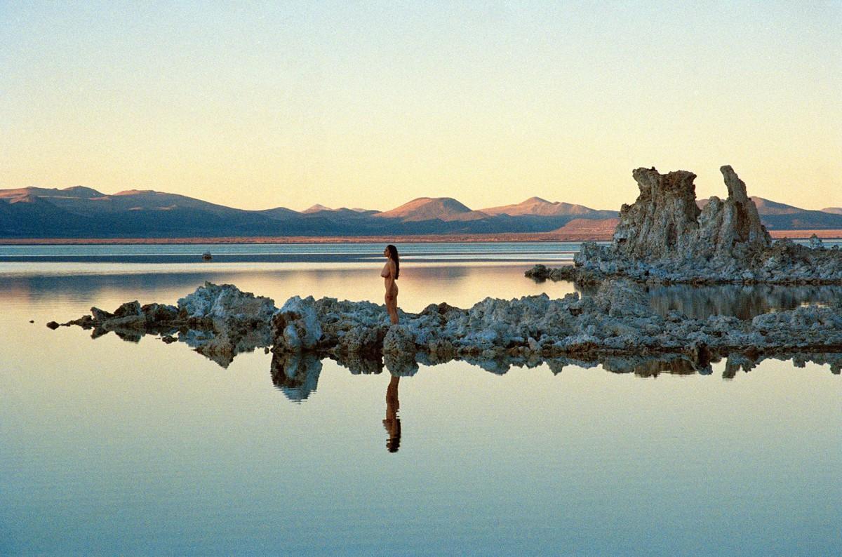 05-amanda-charchian-mono-lake1.nocrop.w1800.h1330.2x