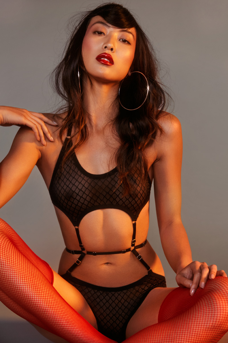 Hopeless_Lingerie_Crucial_Taunt_Editorial_7_Small