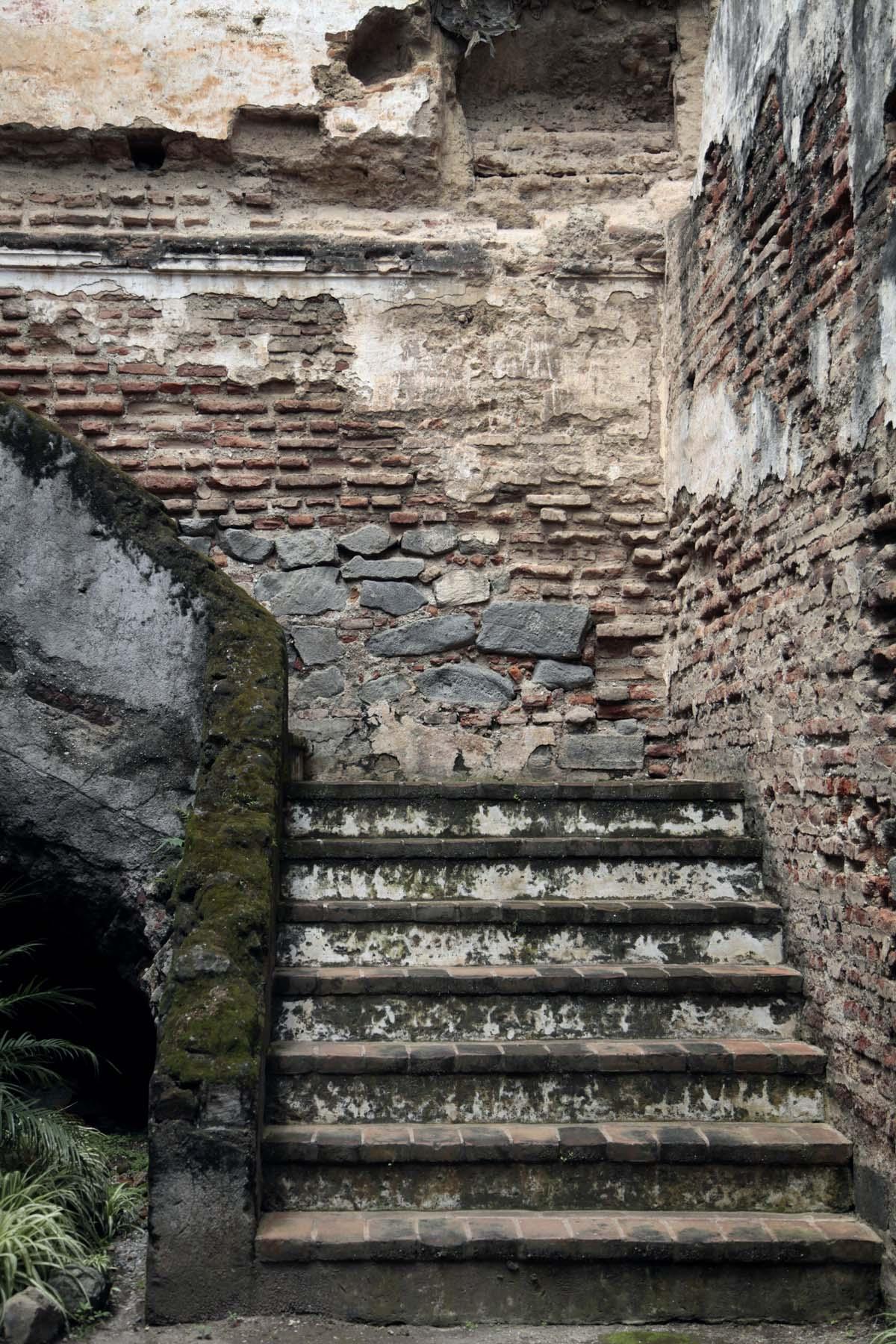antigua-ruins-1