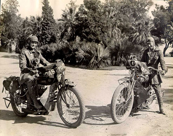 nu-da-check-pioneering-women-motorcyclists-14645_2