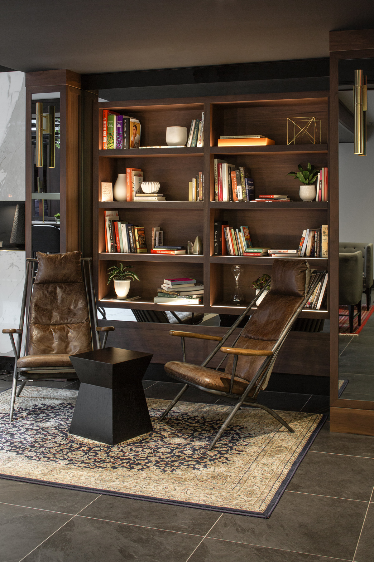 Lobby - Livingroom