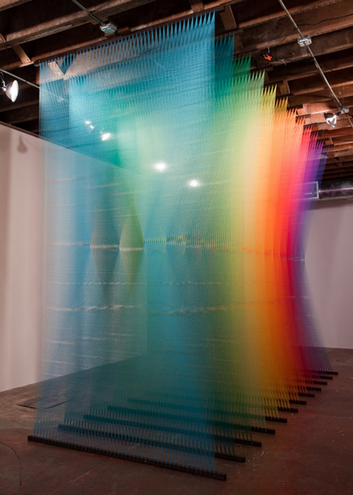 Gabriel-Dawe-colorful-art-installation-arts-and-crafts-I-Lobo-you2