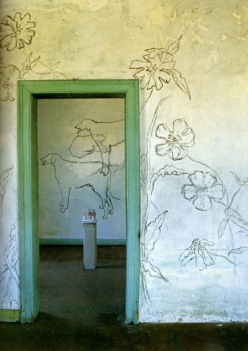 Jean-Cocteau-Villa-Santo-Sospir-entrance-way